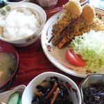食事&スナック ステラ - 料理写真:このボリュームで\700。(小鉢1品はサービス品)