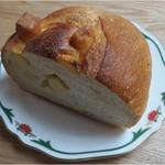 グラーノグラーノ - 料理写真:チーズインバタール1/2・・・225円