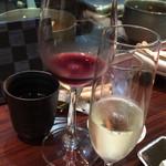 グリル アンドウ - 赤ワイン、シャンパン