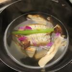 33185341 - 鱧と松茸のお椀