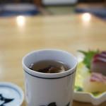 辨慶 - ドリンク写真:冷えた身体を河豚のひれ酒が癒してくれます(2014.12.4)