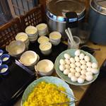 あぐらし - <2014/12>取り放題(ご飯、味噌汁、生卵、漬)物、