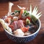 緑水門 - 海鮮丼