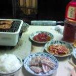 せっちゃん - タレ味の豚肉と骨付きカルビ