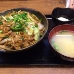 伝説のすた丼屋 - 料理写真:味噌すた丼