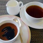 コーヒーハウス - チョコレートムース&紅茶