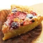 ルスティカ菓子店 - 料理写真:苺とフランボワーズのタルト