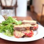 まちのパーラー - サンドイッチセット:カンパーニュでフレッシュトマトとペコリーノ (930円) '14 11月中旬