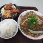 櫻屋 - ラーメン唐揚げセット