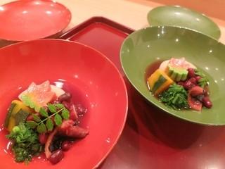 和食 髙 - (お椀)蛸の小豆煮