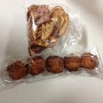 33210789 - ココナッツクッキーのサクッ、ジュワな食感は驚きです