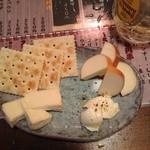くろーんまざー - チーズ3種盛り合わせ