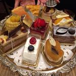 門洋菓子店 - ケーキセットはこの中から選べます