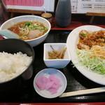 中華飯店一番 - サービス定食 激安!