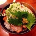 ヌードルズ - チャーシュー丼(ネギ塩)