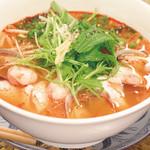 ニャーヴェトナム・フォー麺 - タイのトムヤムフォー