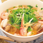 ニャーヴェトナム・フォー麺 - いろいろ魚介のフォー