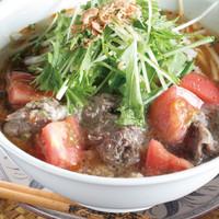 ニャーベトナム - 牛すじとトマトのフォー