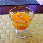 3323152 - 美食ダイニング ~メイプルの森~ @佐野 食膳の飲み物 マンゴジュース