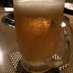 剛ノ家 - まずは乾杯。ビール冷え冷え。