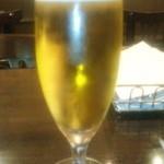 メルジェリーナ - 生ビール(スーパードライ、648円)