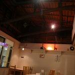 tent cafe - 店内のレイアウト