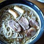 こうき・由布隠酒家そば - 鴨南蕎麦:食べかけですが・・・^_^;