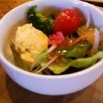 のみなくいな - 料理写真:サラダ
