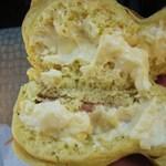 道の駅きつれがわ 鱒屋 - 料理写真:辛子(洋辛子)マヨ&ハムのたい焼き130円税込