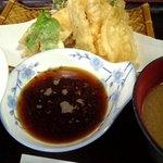 万平 - てんぷら定食(¥600)8/8/2007