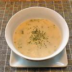ビストロゼブラ - キャベツとブロッコリーのスープ