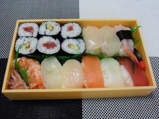 更科寿司 - 上盛合せ一半1700円