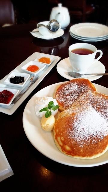 セルフィユ軽井沢カフェ - 11時から注文OKのキャトルフィーヌパンケーキ