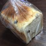 33270623 - ぶどう食パン(180円)2014年12月