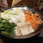 井の頭 汁べゑ - 鶏出汁つくね鍋