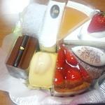 パンドラの箱 - ショートケーキの詰め合わせ