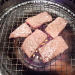 春日井焼肉 仙寿 - 上ロース
