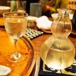 すっぽん鍋 鱧料理 三栄 - すっぽん鍋を食べて体が熱い 冷酒(玉の光 雄町 伏見)でクールダウン