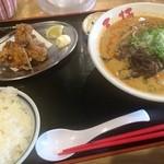 三楠 - 坦々麺からあげセット(970円)