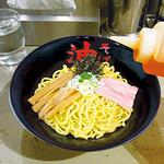 東京油組総本店 - お好みの味にカスタマイズしてください