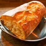 大西亭 - フランスパン