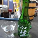 楽亭 - 吉乃川の冷酒