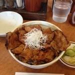 十勝豚丼 いっぴん - 豚丼(開蓋後)