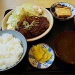 道風 - みそかつ定食(650円)