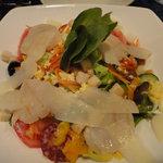 MAMMA - 料理写真:気まぐれサラダ