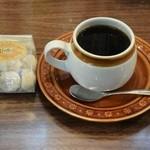 市場珈琲 - 深煎りコーヒー300円&クッキー100円