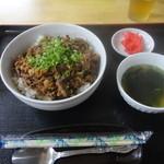 食事処 石川さん家 - 料理写真:肉丼