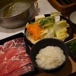 どん亭 - ランチ豚しゃぶ定食・税別890円