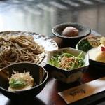 そば処 和照居 - 豆乳仕立てのゆば巻きセット(デザート・サラダ・そば豆腐付)