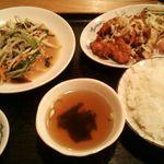 台湾料理鮮味館 - 油淋鶏とニラもやし定食 1000円